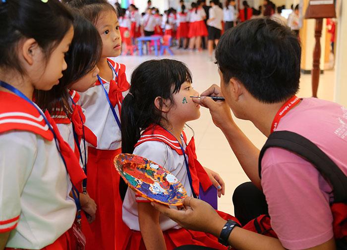 Teacher-AIS-MTT-School-menu-img